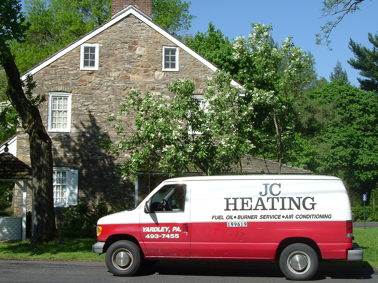 JC Heating & Cooling will meet your heat pump & air conditioning needs in Langhorne PA